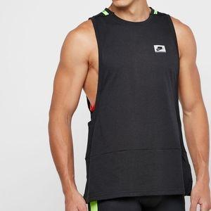Nike Wild Run Sportswear NSW Tech Pack Tank Black
